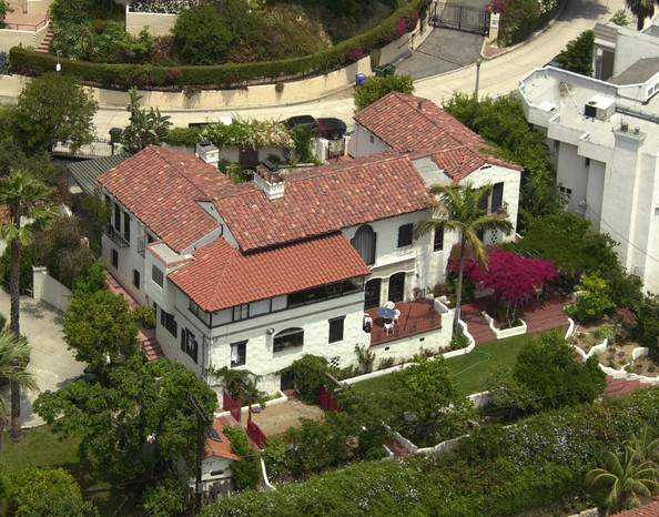 Heath ledger hollywood celebrity homes lonny for Stars houses in la