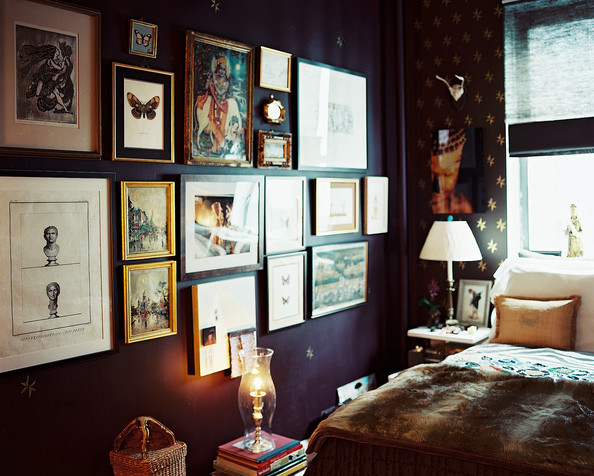 Bohemian bedroom photos 91 of 94 lonny for Bedroom gallery wall