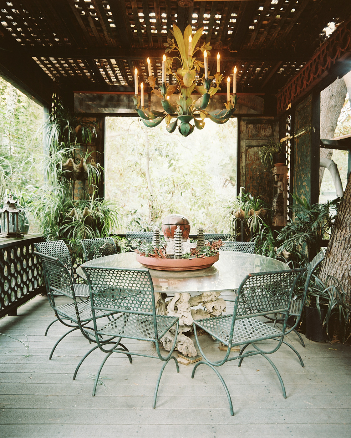 Outdoor Chandeliers pletely Crazy or Utterly Brilliant