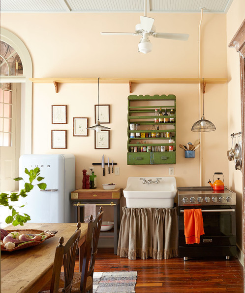 Comnew Orleans Kitchen : French Kitchen - A kitchen in New Orleans French Quarter features ...