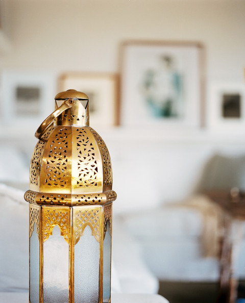 Gold Lantern Photos Design Ideas Remodel And Decor Lonny
