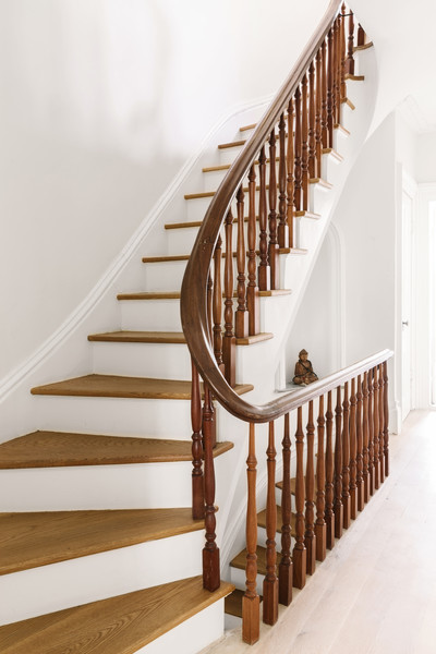 Brown And White Staircase Photos (1 of 1)