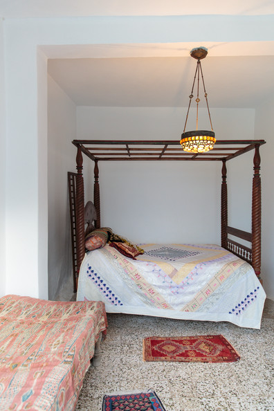 Four Poster Bed Photos (11 of 122)