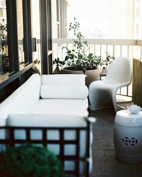 Porch Modern Photos, Design, Ideas, Remodel, and Decor - Lonny