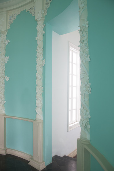 Traditional white bathroom ideas - Traditional Wall Treatment Details Blue White Traditional Wall