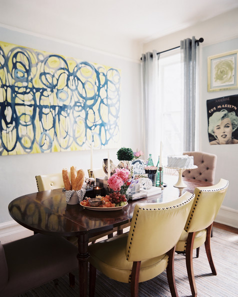 Vintage dining room photos 27 of 47 lonny for Dining room artwork ideas