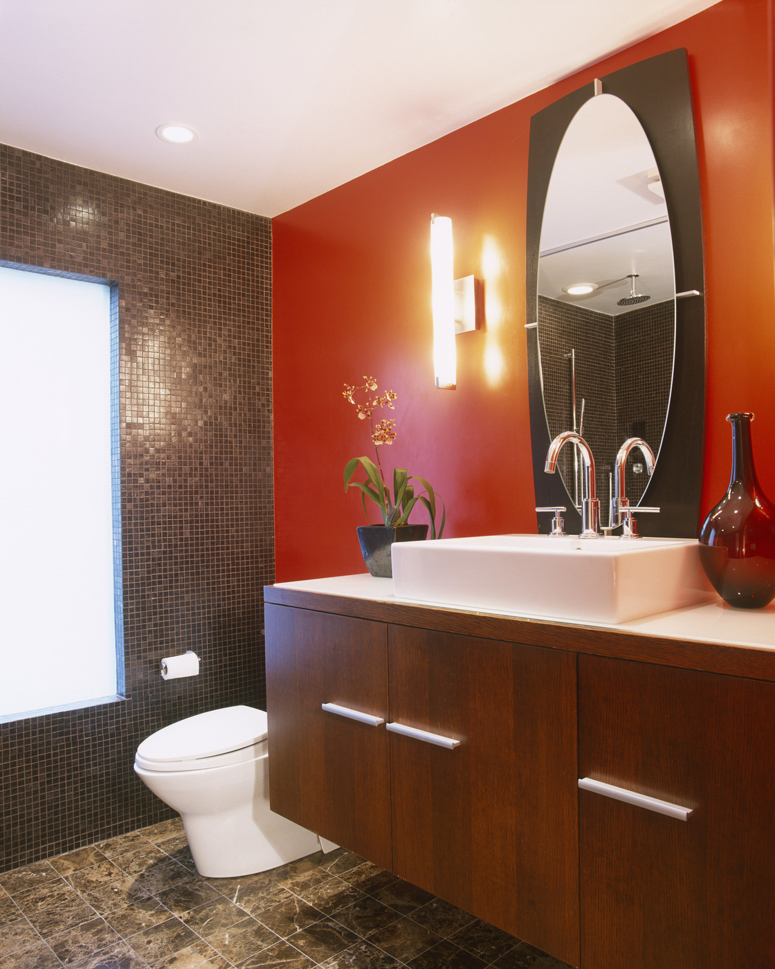 Red Bathroom Photos (14 Of 35)