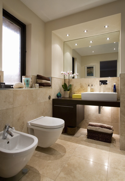 Beige bathroom photos 179 of 187 lonny for Detail in contemporary bathroom design