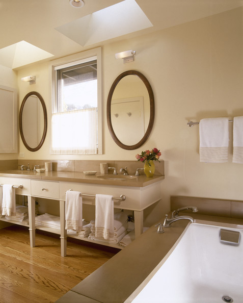 Neutral Bathroom Photos (1 of 5) - Lonny