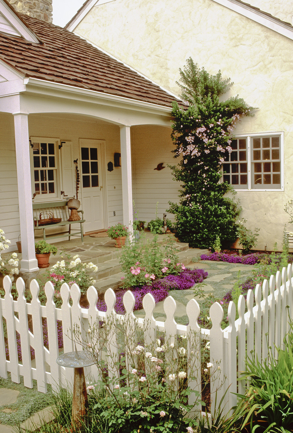 Outstanding Picket Fence Photos 4 Of 11 Home Interior And Landscaping Ferensignezvosmurscom