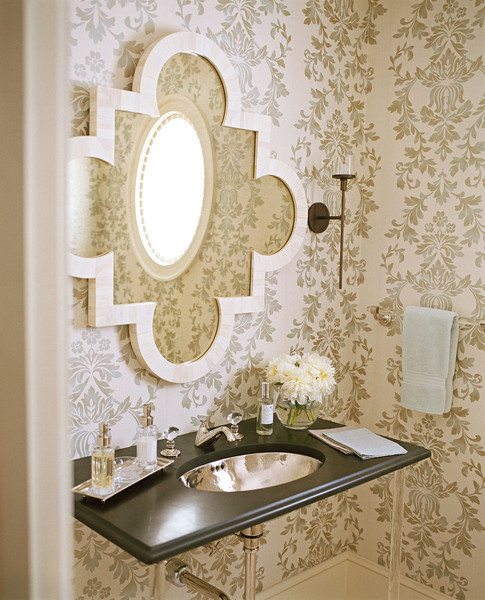 Luxe Loo