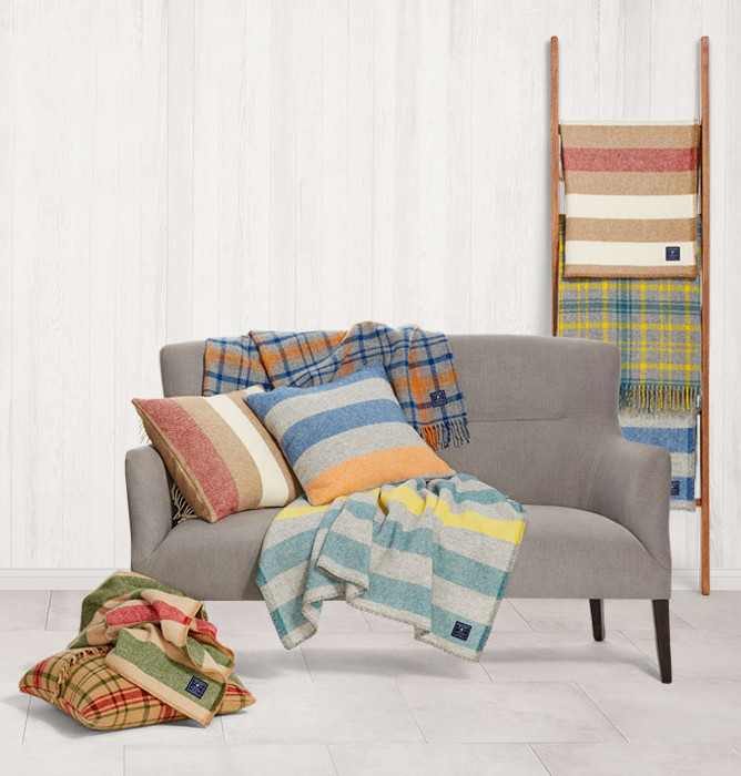 Collab We Love Target Faribault The Find Lonny New Target Blankets And Throws