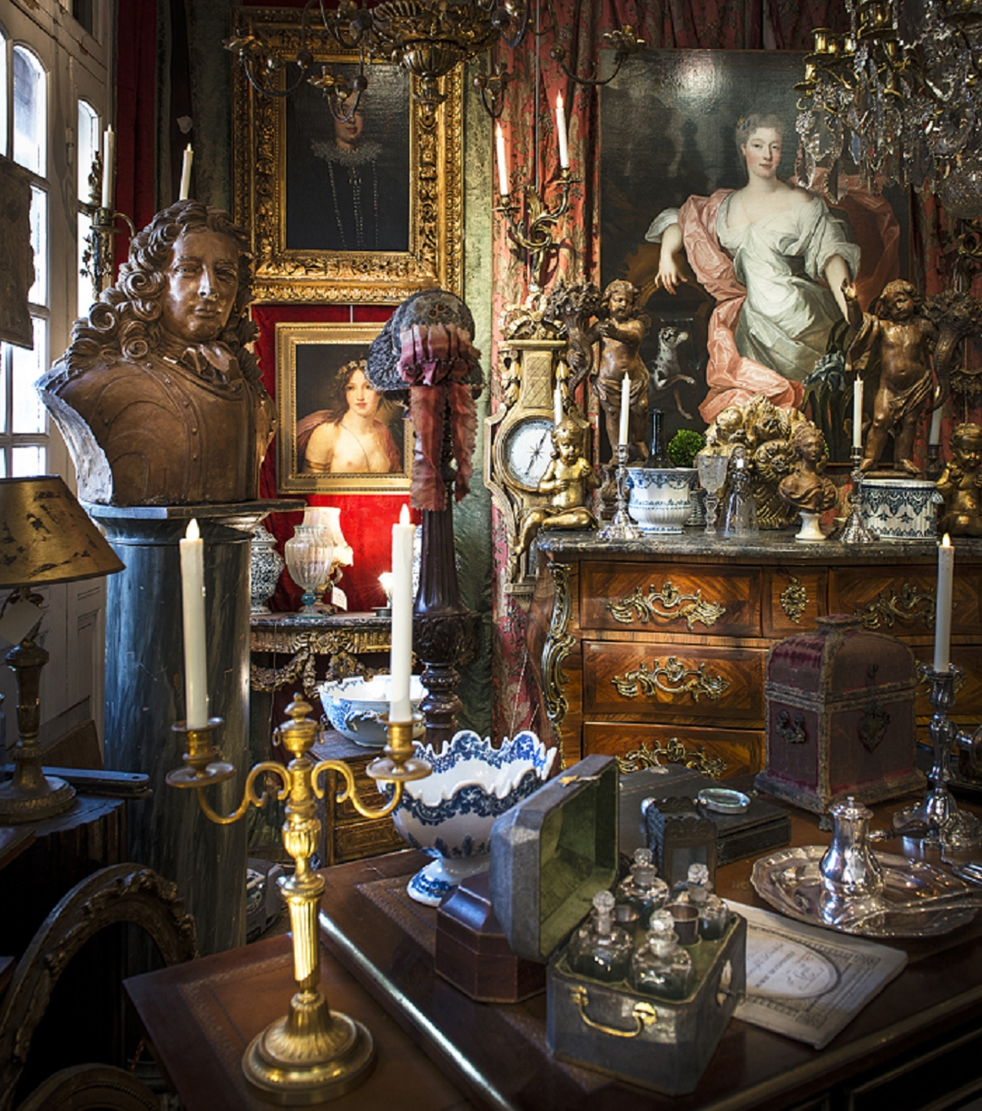 Six Unique Antiques Destinations and Exclusive Antiques Tours in Europe