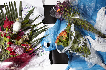 How To Make A Valentine's Day-Worthy Bouquet with Bodega Flowers