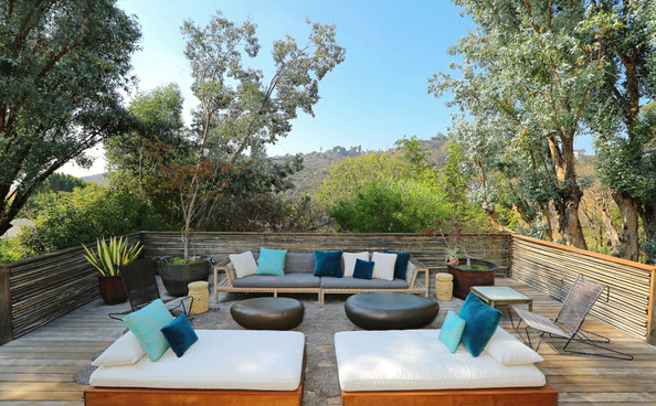 The terrace john legend and chrissy tiegen 39 s hollywood for 114 the terrace st john house