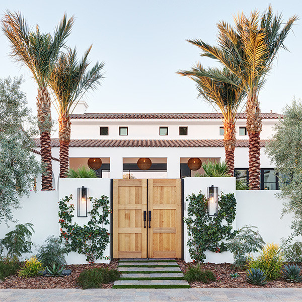 This Marble-Filled Palm Springs Reno Is An Actual Dream House