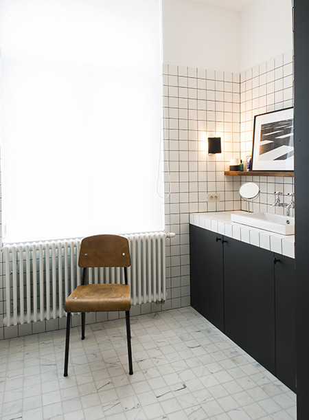 Are These Bathroom Throwbacks The Subway Tile Of 2016?