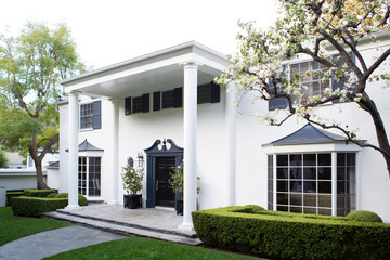 Home Tour: Molly Sims in Beverly Hills