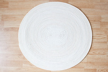 How to Make a Cozy Zigzag Rug