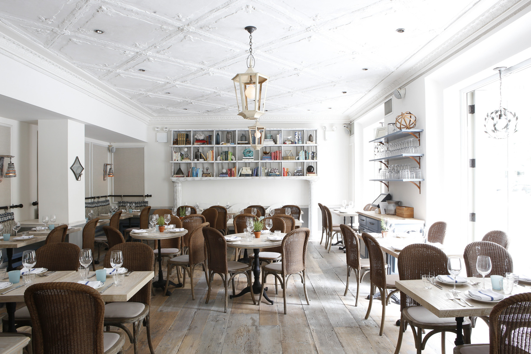 An Eclectic French Restaurant for the Stylish Set