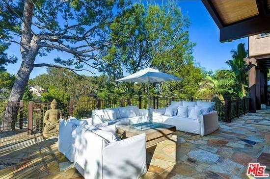 Pink and Carey Hart's Terrace
