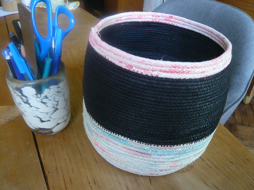 An Easy DIY Rope Basket in Five Steps | Lonny.com