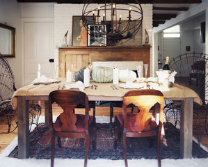 Get the Look: A Rustic-Elegant Holiday Table