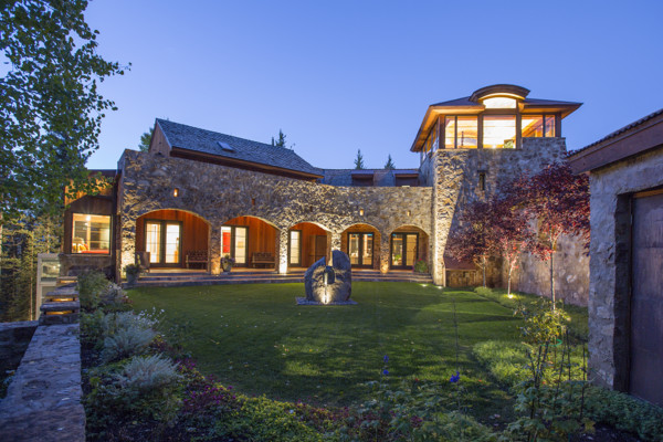 Step Inside Oprah's New $14 Million Colorado Mansion