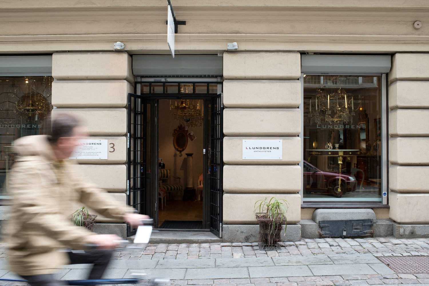 The exterior of Lundgrens antiques shop, in Stockholm.