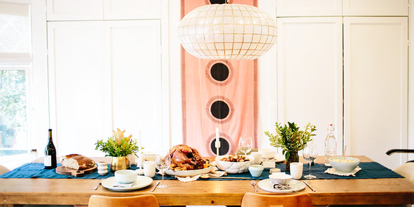 An Etiquette Expert's Guide To Seating Your Guests