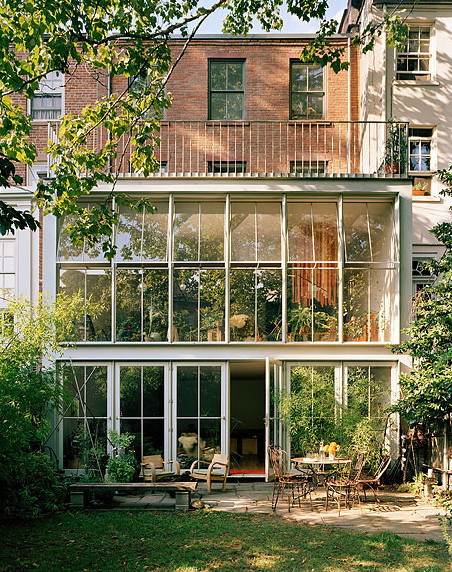Cobble Hill townhouse by Fernlund + Logan via Pinterest.