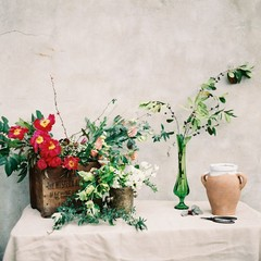 How To Choose the Best Floral Vessels for Your Wedding