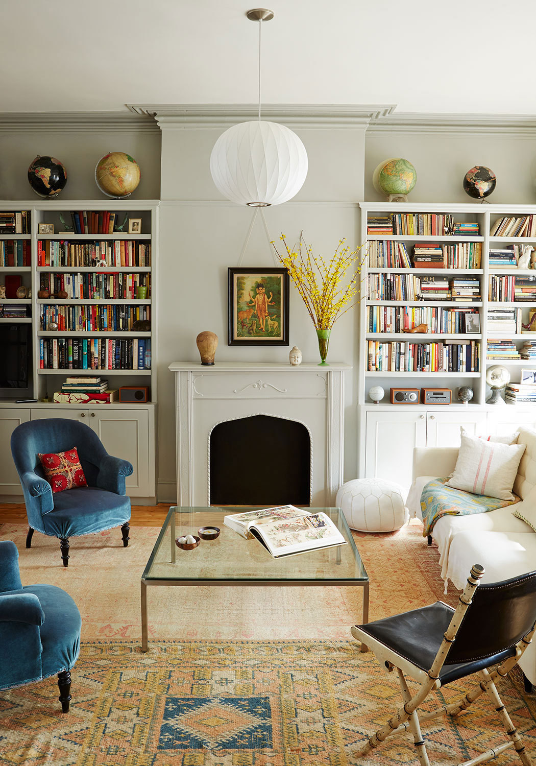 Get the look an eclectic living room decorating lonny Modern eclectic living room