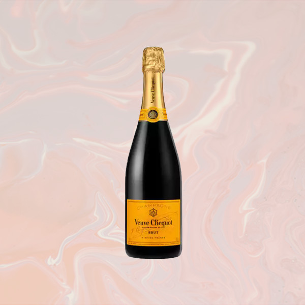 10 Bubbly Bottles That Will Make Your New Years Eve Poppin'