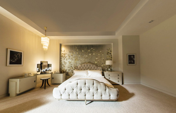 The Bedroom Inside Christian Grey S Apartment From 50 Shades Of Grey Lonny