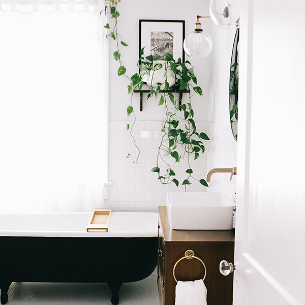 These Bathroom Reno Before & Afters Are Truly Transformative