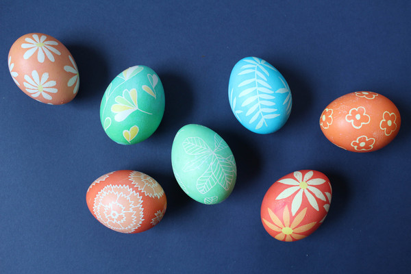 How to Create Your Own Modern Pysanky Eggs for Easter
