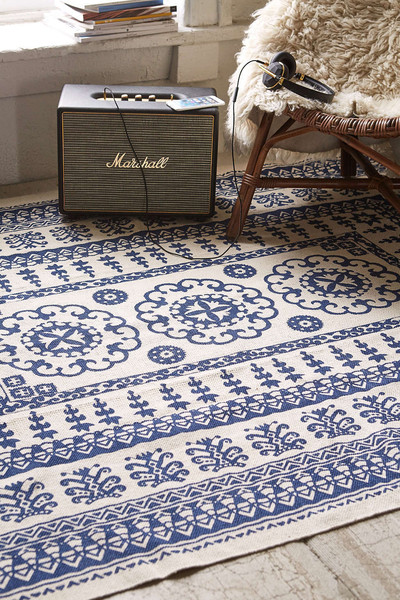 cool and affordable rugs: look no further than urban outfitters - lonny Affordable Rugs