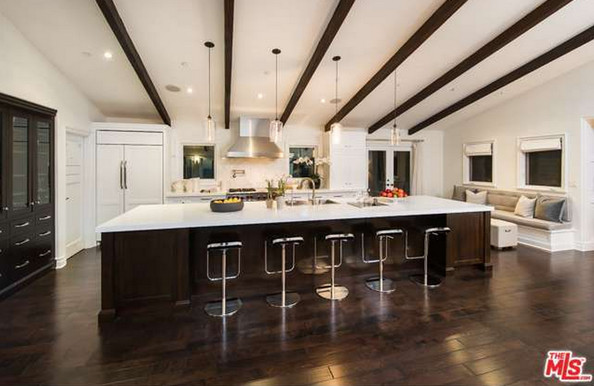 The Kitchen Mila Kunis Los Angeles Mansion Lonny