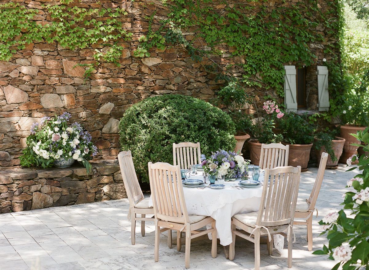 Charleston photographer Lucy Cuneo and florist Anne Bowen set the scene for a dinner party in the South of France.