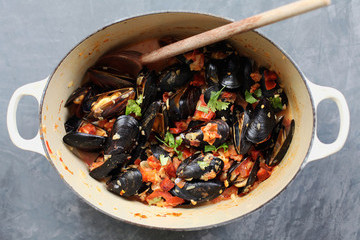 Diana Yen's Recipe for Mussels In White Wine