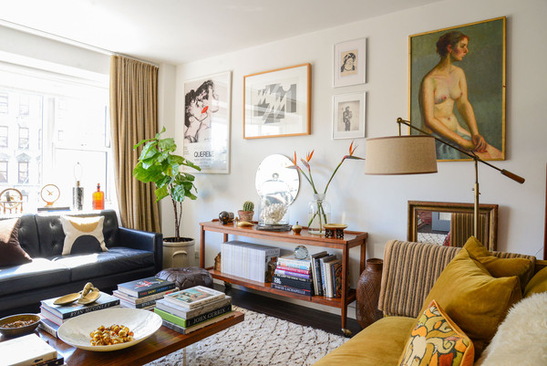 Home Tour: Dan Wakeford Apartment in New York