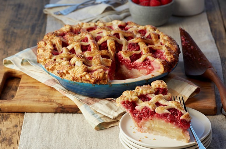 Mythbusters: Five Pie Baking Hacks to Debunk Before Thanksgiving