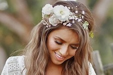 Messy Chic Boho Wedding Hairstyles That Will Make You Swoon