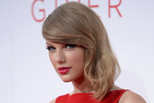 All the Faces Taylor Swift is Going to Make on 'The Voice'