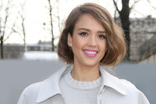 Closet Spotlight: Jessica Alba's Most Covetable Coats