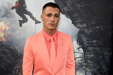 Colton Haynes Rocks a Salmon Suit at the 'San Andreas' Premiere