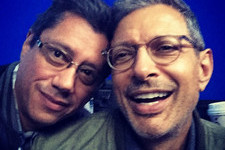 Jeff Goldblum Stars in the First 'Independence Day' Sequel Selfie
