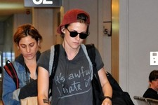 Kristen Stewart Wears Her Feelings on Her T-Shirt